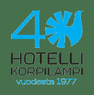 KORPILAMPI_40v_logo_suomi_sininen_musta